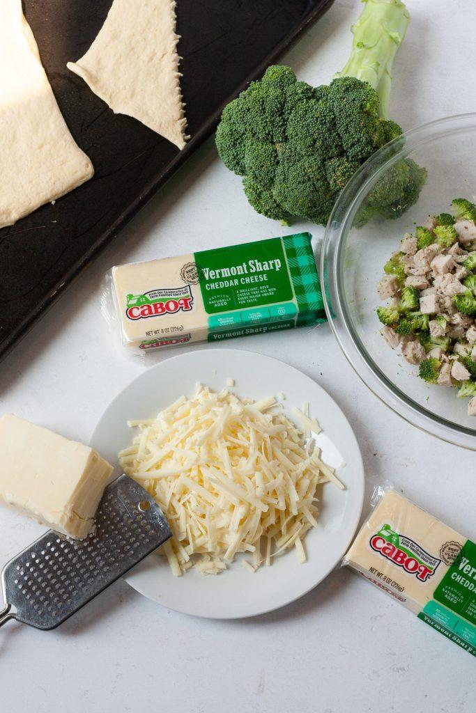 cheesy chicken broccoli roll ingredients