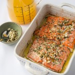baked salmon with pineapple garlic and herb