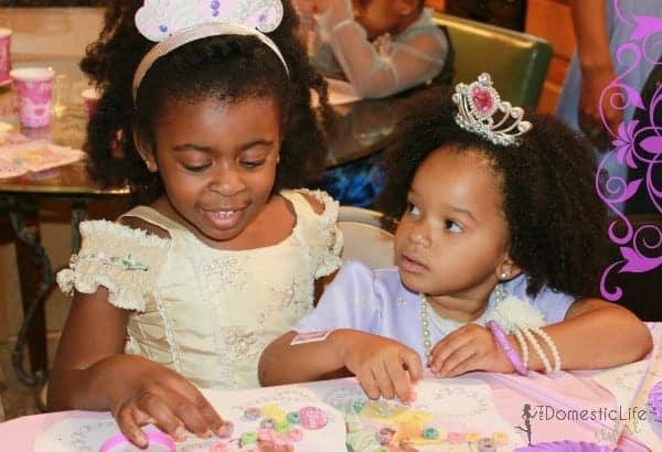girls at sophia princess party2