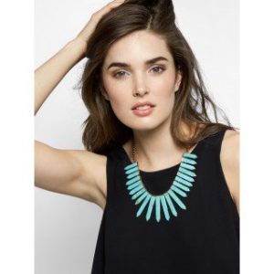 teal bibb necklace
