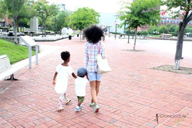 kids at inner harbor