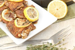 Baked lemon herb chicken with fresh thyme
