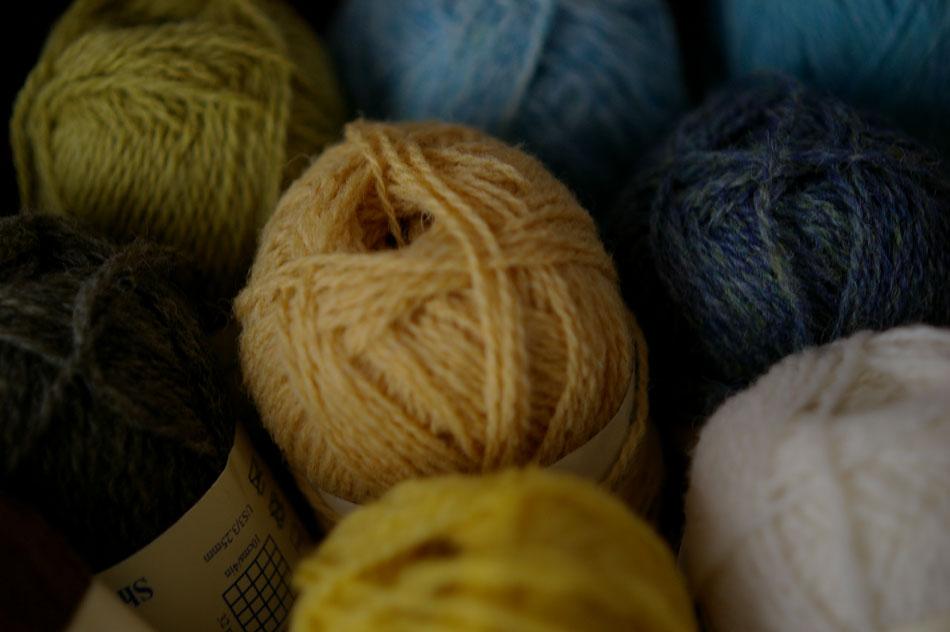 07-knitting-basket