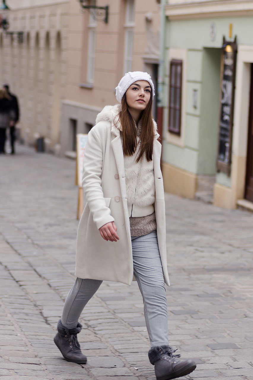 Winterlook in grau und weiß. Layering winter outfit