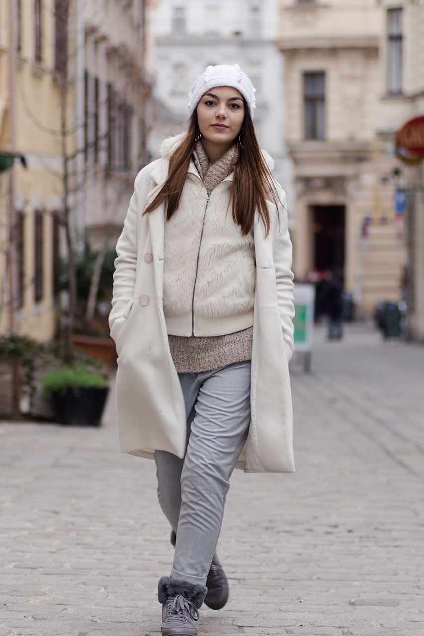 Layering Winterlook in grau weiß