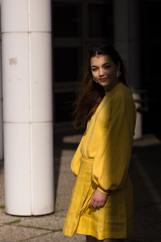 Gelber Sommerlook von Dorie