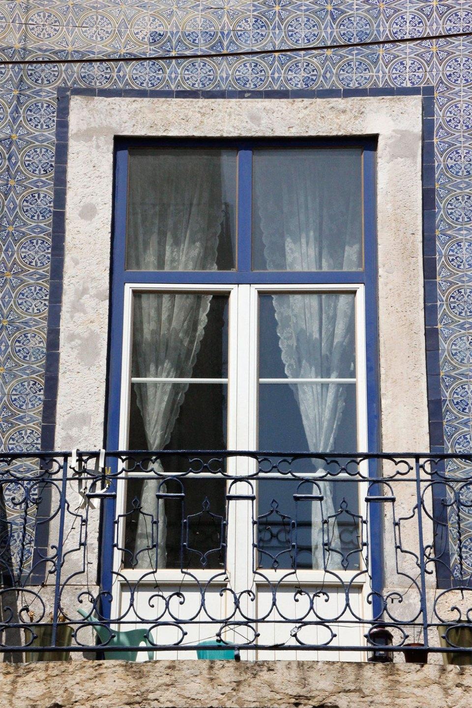 Typisches Fenster in Lissabon