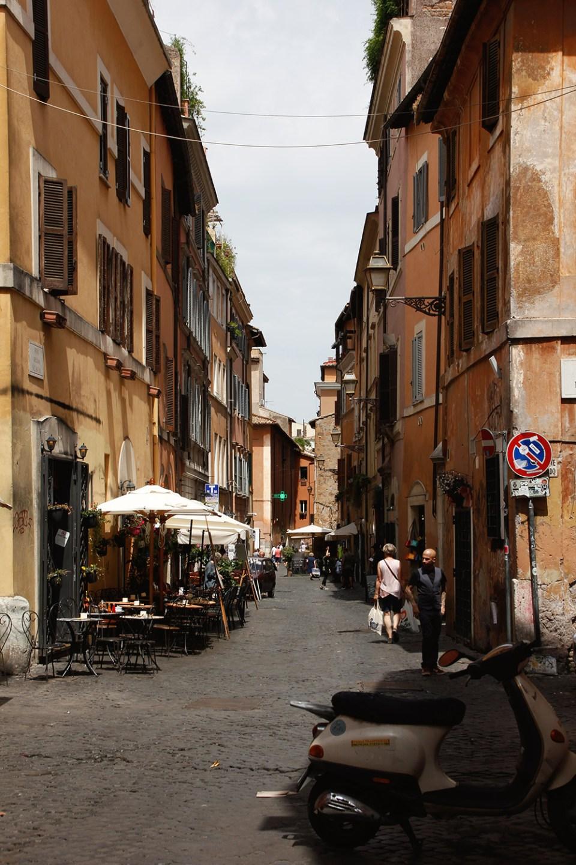 Straße in Trastevere in Rom