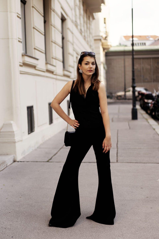 Elegantes Outfit mit Schlaghose