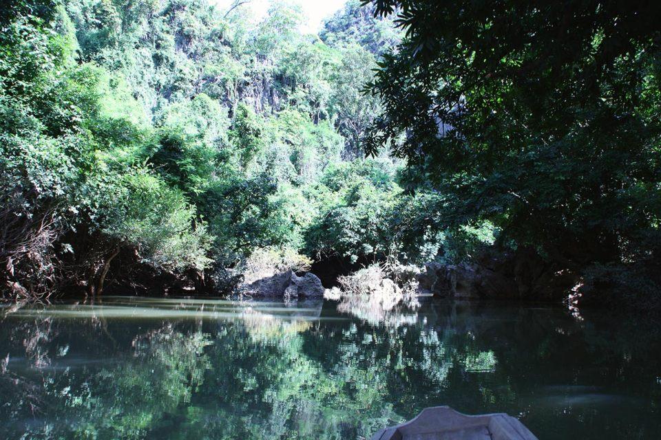 Fluss at Thakhek Loop