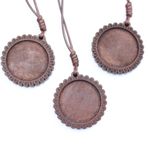 Unpainted Carved Wooden Pendant for Dot Mandala Painting