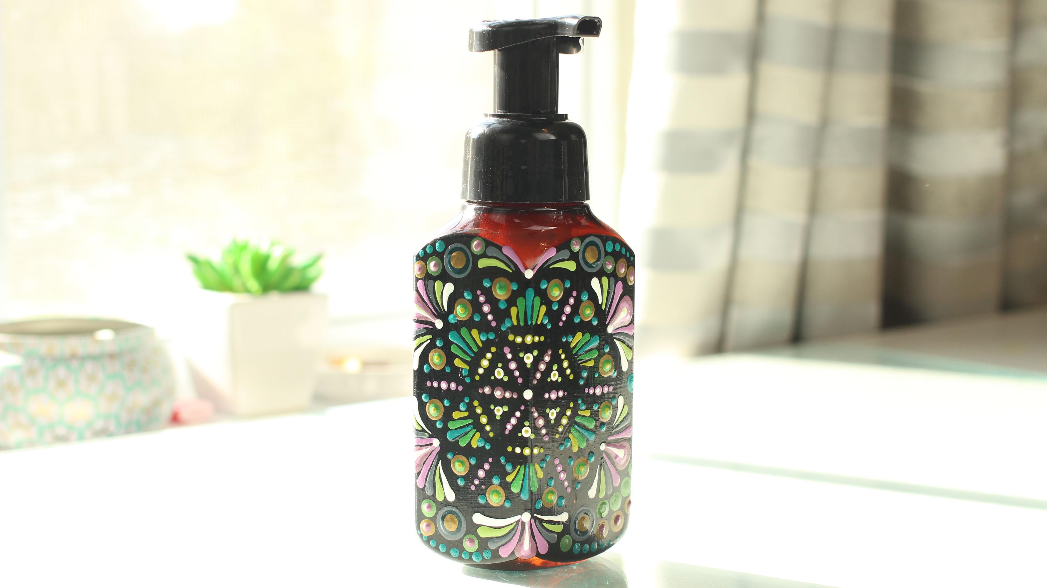 Upcycled Art – Foaming Soap Dispenser