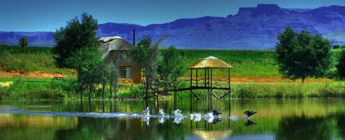 Drakensberg Accommodation and Experiences. , Honeystone Cottage - a typical farm stay experience (Source: Shiriba Lodge)