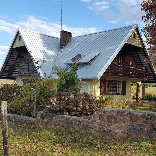 Drakensberg Dream Cottage. An excellent example of a rustic self-catering experience in the Drakensberg.