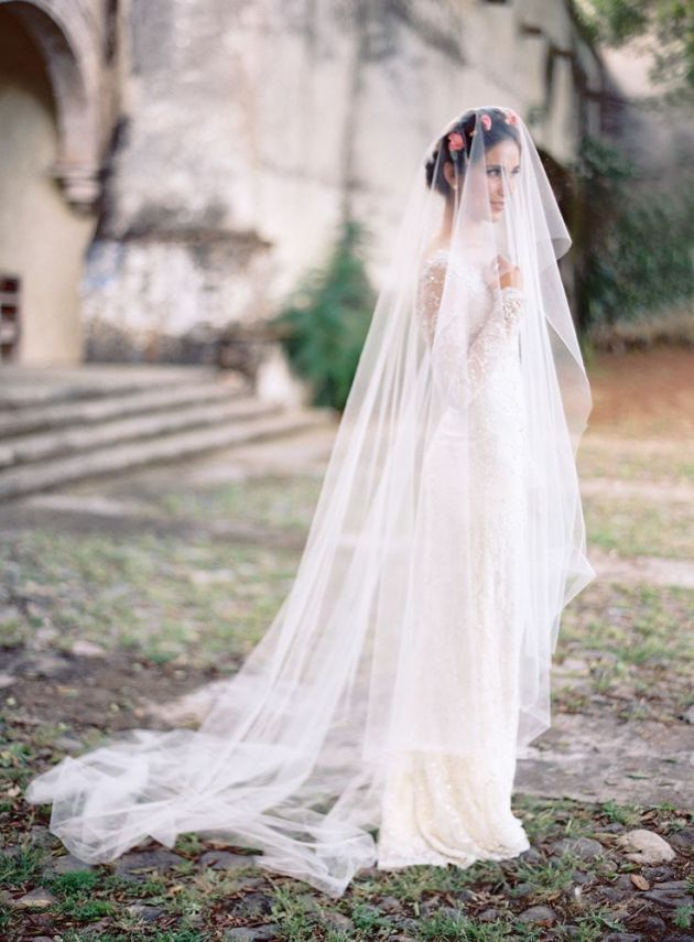 I'm Loving...Spanish Style bride