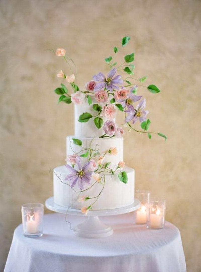 Wedding Spotlight : Clematis Flowers