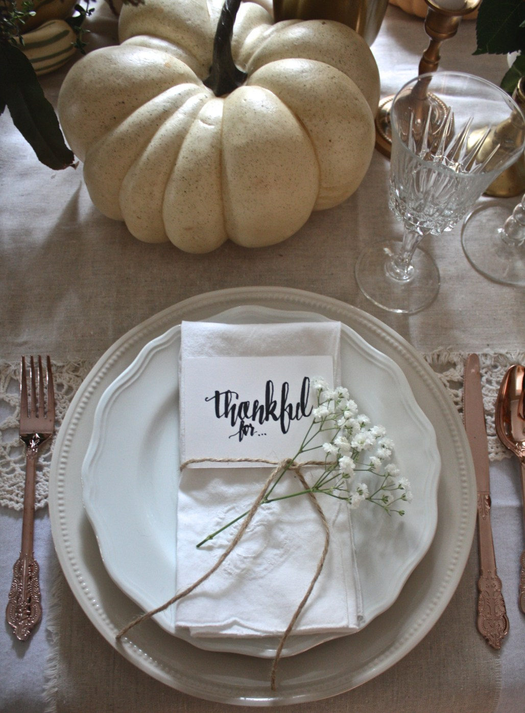 Place Setting 101 : Semi Formal Table | Dreamery Events
