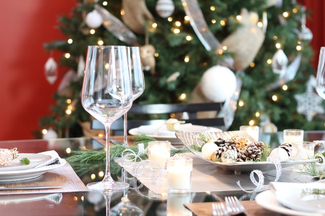 Dreamhouse Project rustic glam Christmas tablescape
