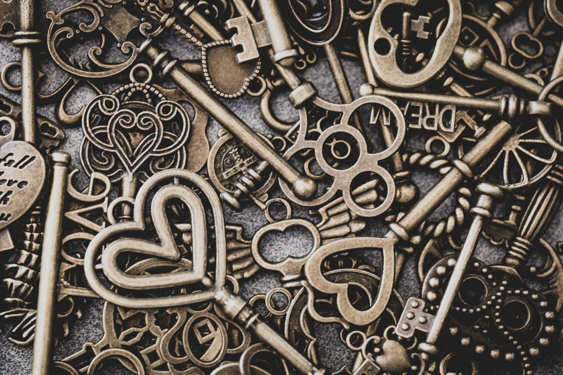 Old vintage keys with the word dream and hearts for the Dream Dictionary