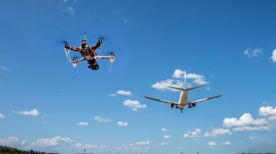 FAA drones flying near airports