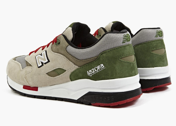 """New Balance is asking you to see beyond the beige & green suede on this Elite Edition 1600 for a moment and imagine yourself in the world of mystery and suspense. Soon, each of its design details will begin to make sense – the fingerprint graphics on the insole, the red outsole accents as the police siren, and the etc… In a tribute to classic mystery novels and the ageless images of detective, trench coat and all, the New Balance 1600 Elite Edition also features the ABZORB midsole for amble support and cushioning. Limited in availability, the New Balance 1600 Elite Edition """"Detective"""" is now for purchase at New Balance and Oki-ni online store."""