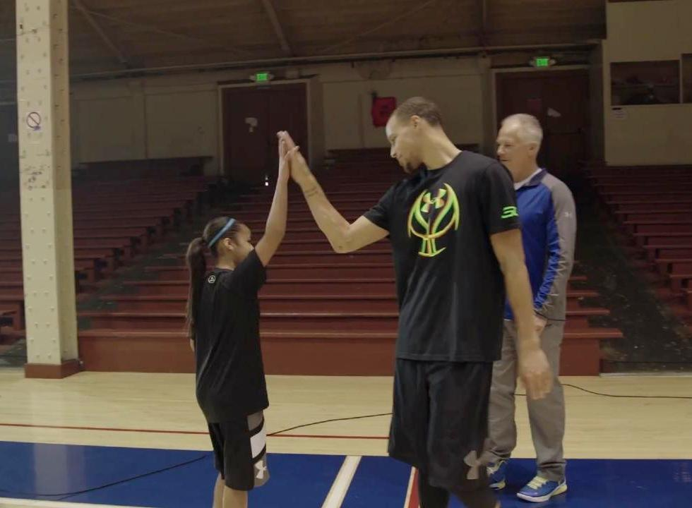 Stephen Curry Loses to a 10-Year-Old in a Series of 3-Point Shootouts