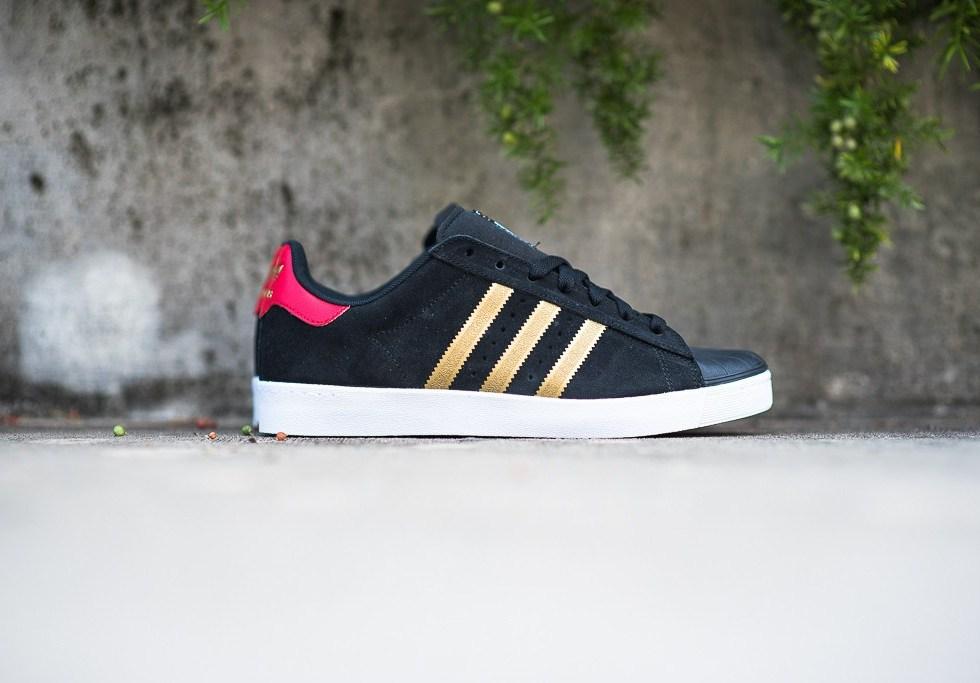 adidas Skateboarding Superstar Vulc ADV Black/Gold