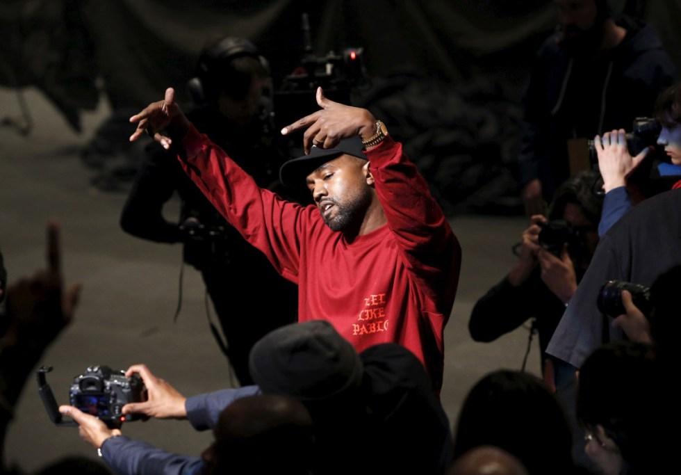 Kanye West - 'THE SAINT PABLO TOUR'