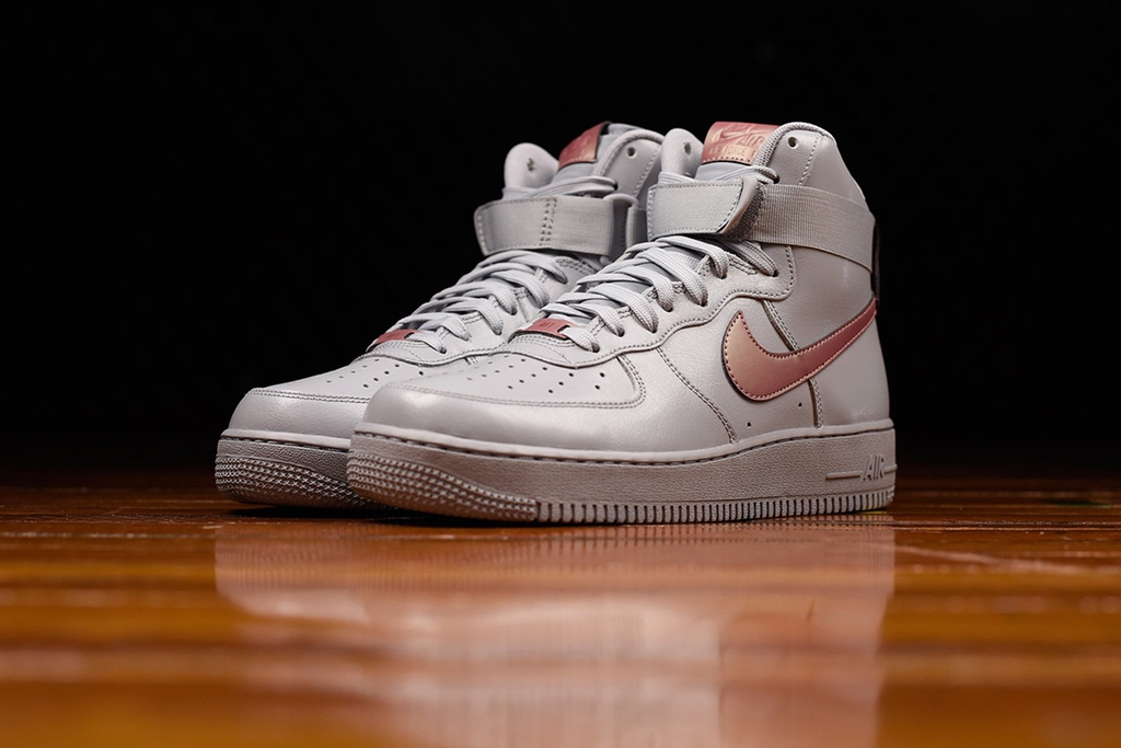 "Nike Air Force 1 High ""Pure Platinum"""