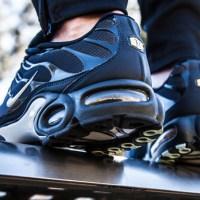 "Nike Air Max Plus Gets a ""Navy Fade"" Upper"