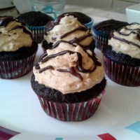 Chocolate Fudge Cupcakes With Chunky Peanut Butter Frosting