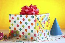 birthday-presents-02902