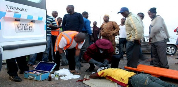 Accident-victims-being-attended-to-by-FRSC-officials.jpg?fit=600%2C295