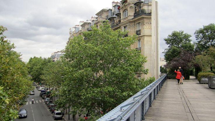 800px-Promenade_plantée_2,_Paris_2011