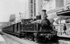 A train at the Gare de la rue Claude-Decaen station in 1934, the year it closed.