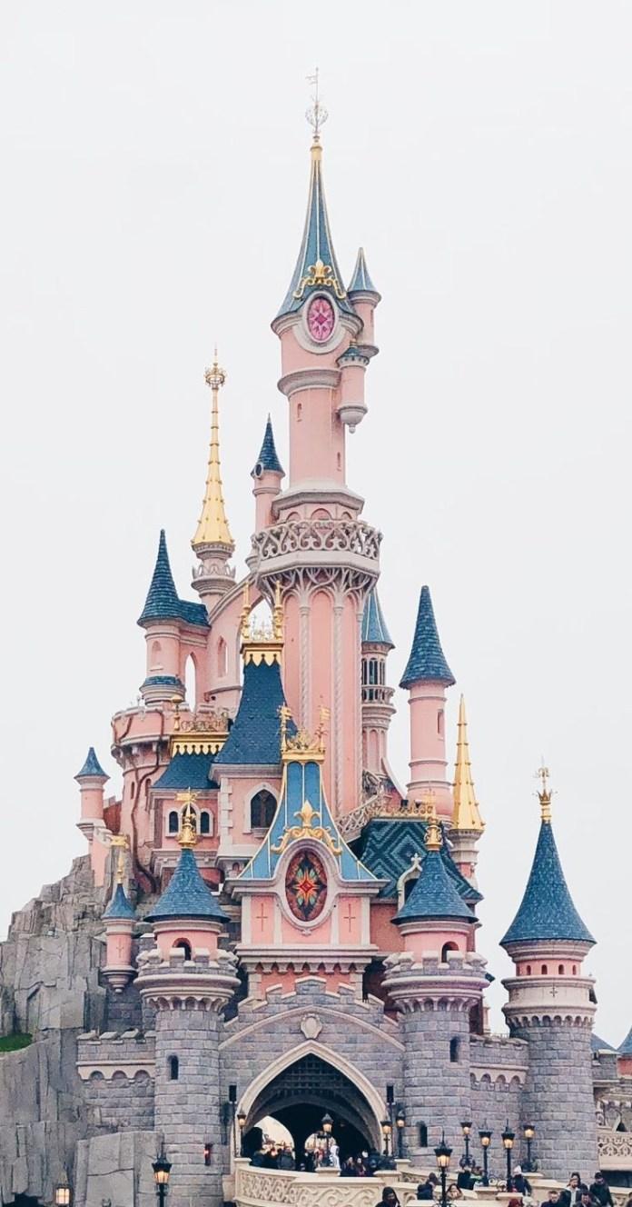 Walt Disney World to require masks