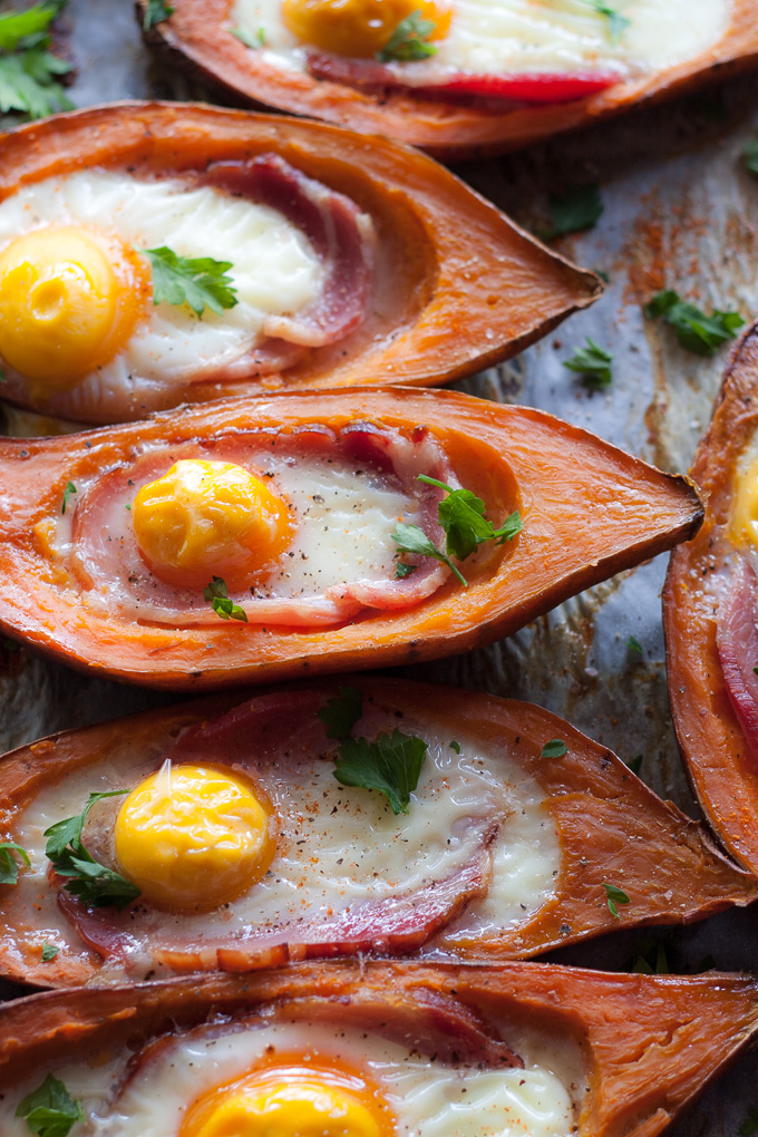 Stuffed Sweet Potatoes with Bacon and Egg