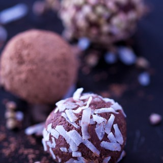 Chocolate Bliss Balls Thermomix