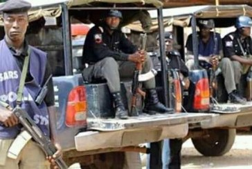Tension in Enugu as security operatives barricade govt house road