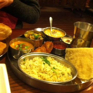 vegan restaurants in Leeds - hansa's thali