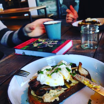 grub and grog shop leeds brunch