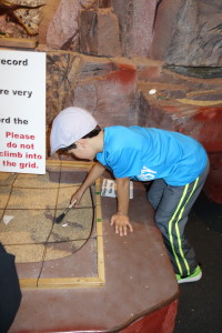 boy digging for fossils, Canada Travel Itinerary, www.theeducationaltourist.com