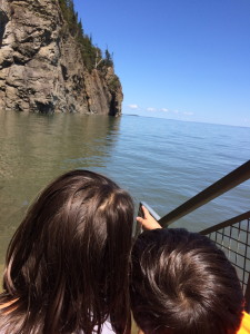 Boy and Girl at Fundy Bay in Canada, Canada Travel Itinerary, www.theeducationaltourist.com