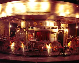 Bicycle-carousel-at-the-Musee-des-Arts-Forains