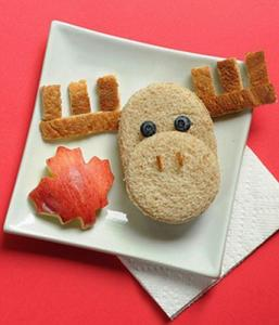 Moose sandwich fun with food