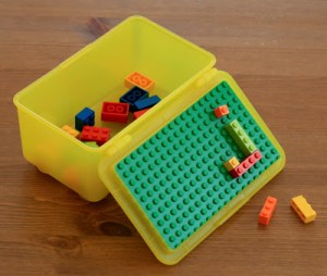 Lego traveling container DIY