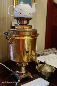 hot tea pot, Sirkeci mansion Istanbul Turkey, www.theeducationaltourist.com
