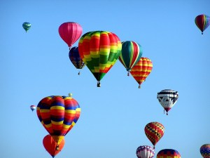 colorful hot air balloons, Travel outside your comfort zone, www.theeducationaltourist.com
