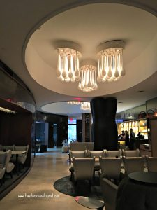 bar in Renaissance hotel Times Square NYC, Renaissance Hotel Times Square New York, www.theeducationaltourist.com