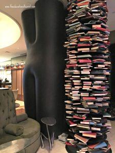 Book nook Renaissance hotel Times Square NYC, Renaissance Hotel Times Square New York, www.theeducationaltourist.com